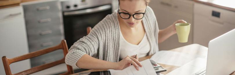 Как не нарушать закон, работая дома: электронные сервисы для самозанятых