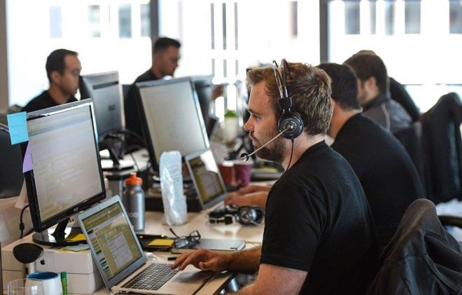 Обзвон клиентов с помощью VoiceOps