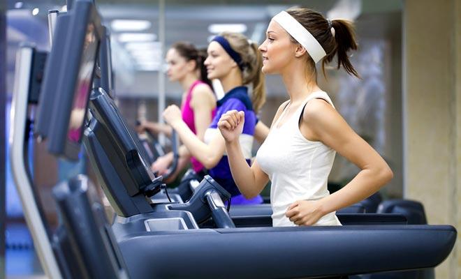 занятия в фитнес зале